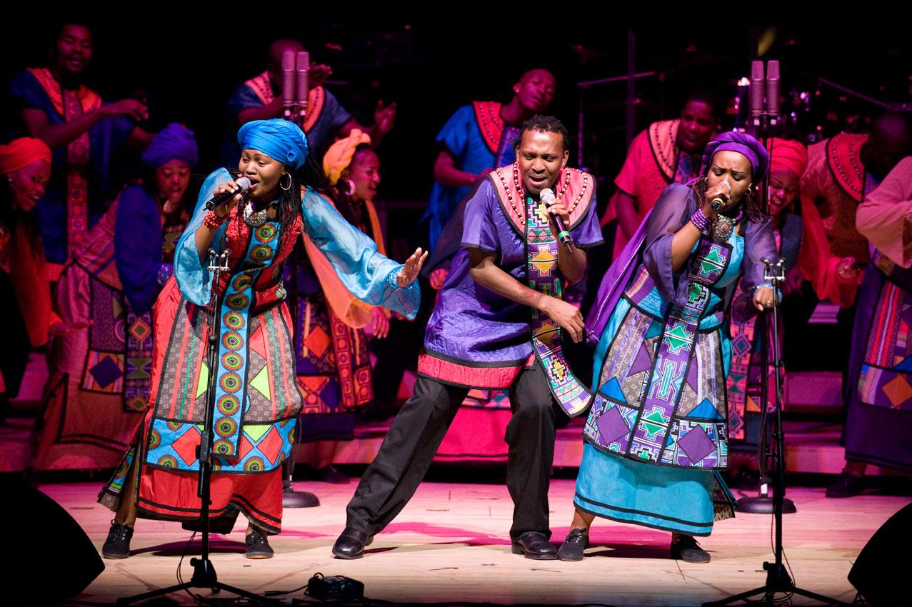 SOWETO GOSPEL CHOIR in AFRICAN GRACE , Martedì 13 Dicembre al TEATRO EUROPAUDITORIUM- Piazza Costituzione, 4- Bologna